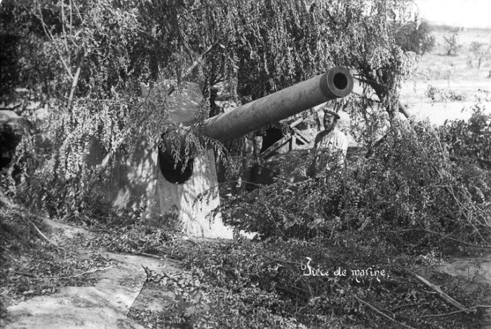 9.8.c navy-camouflaged-romanian-army-world-war-one-ww1
