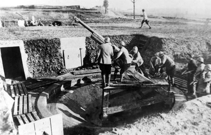 9.9.a Dělostřelecká baterie v rámci francouzského opevnění  1917
