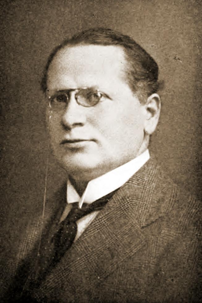1.1b Maxim Maximovič Litvinov