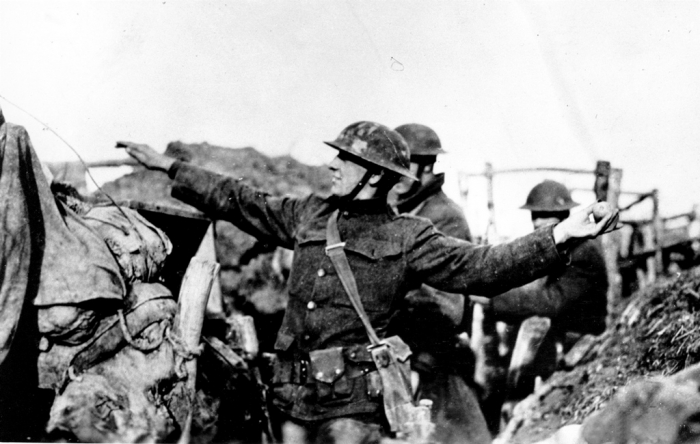 WWI U.S. SOLDIER HAND GRENADE