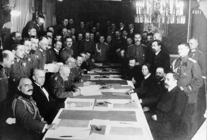 10.2b soviet and germany delegation brestlitovsk