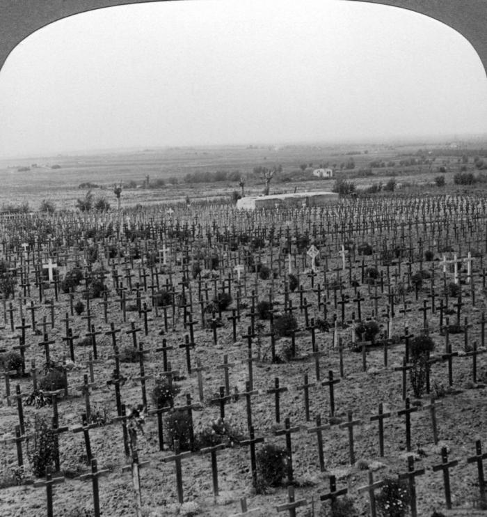 12.2a Tyne Cot Cemetery, Passchendaele Ridge