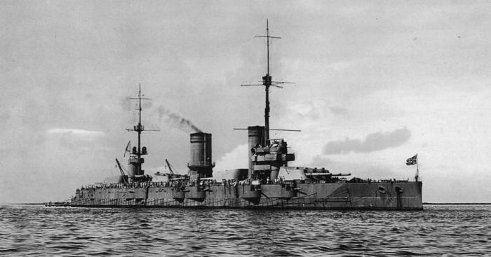 12.3b Gangut_battleship