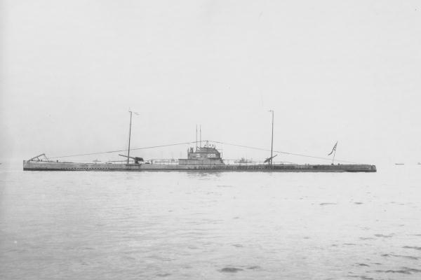 4.1.bb Japanese_submarine_Maru-3_in_1919