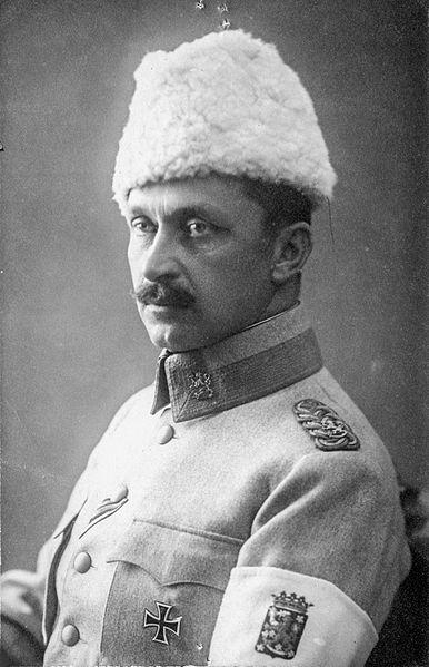 7.2b Kenraali_C._G._E._Mannerheim White guard