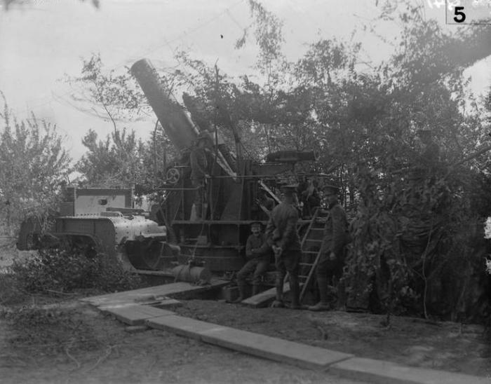 A1 Albert artillery