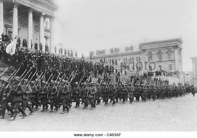 B2 german-soldiers-enter-helsingfors-1918-c463af