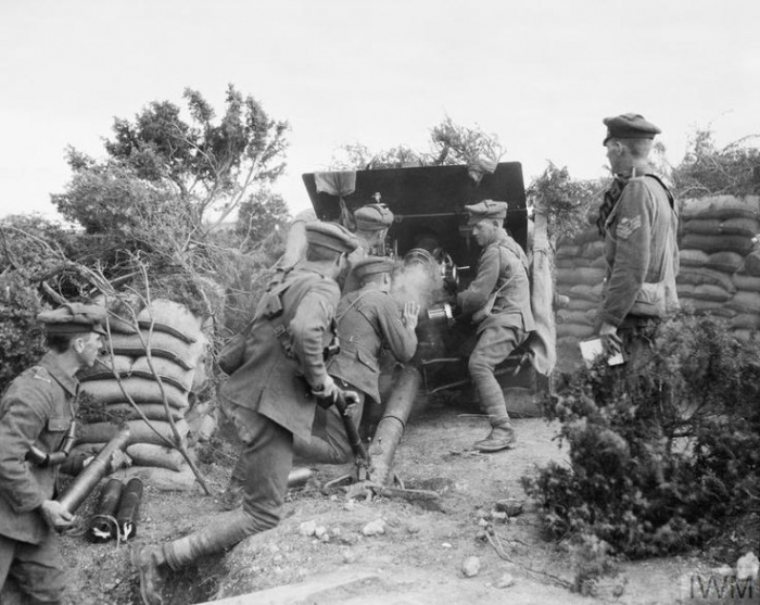 BRITISH FORCES IN THE SALONIKA CAMPAIGN 1915-1918 (Q 32517) A British 18-pdr field gun in action during minor operations in the Struma Valley, November 1916. Copyright: © IWM. Original Source: http://www.iwm.org.uk/collections/item/object/205213307