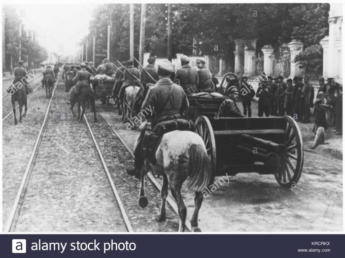 10.9c Red Army entering Kazan