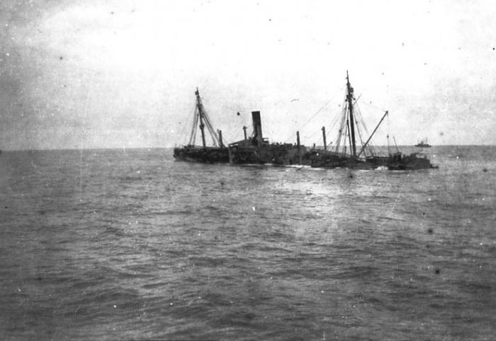 15.8b USAT_Montanan_torpedoed