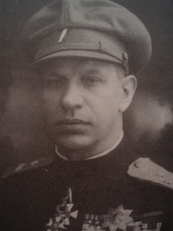 15.8c Gajda-portret