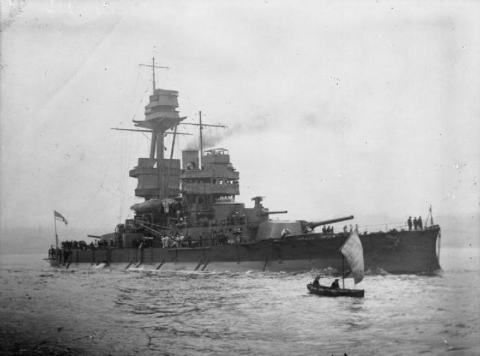 19.9b HMS_Glatton