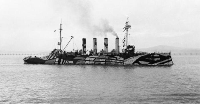 8.9c HMS_Amphitrite