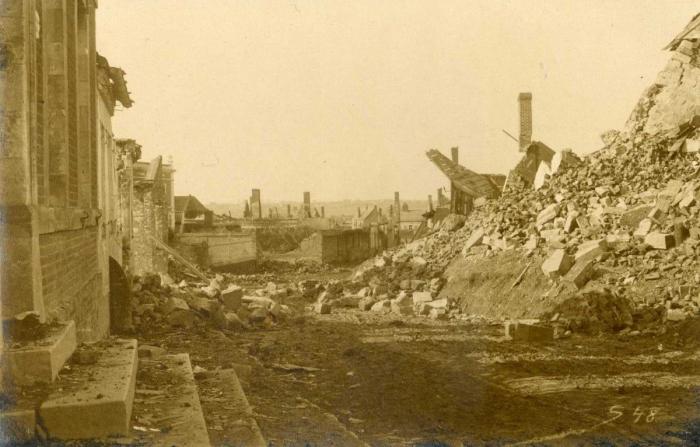9.9a Villers-Guislain ruins in 1918