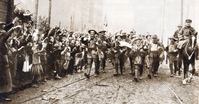 B1 8th-Irish-Battalion-The-Kings-Liverpool-Regiment-entering-Lille-October-1918