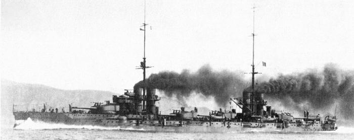 G2 1200px-Italian_battleship_Dante_Alighieri